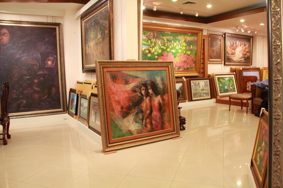Frame & Galleria